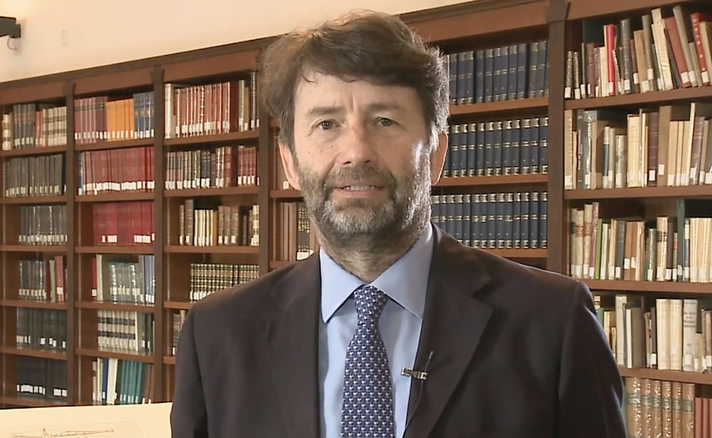 """Franceschini: """"vogliamo dare al paese una legge sul libro e sulla lettura"""""""