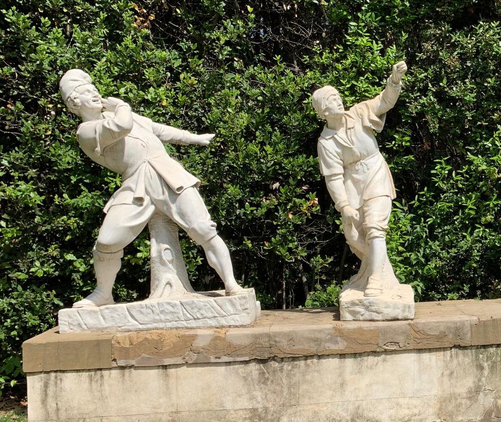 """Firenze, Giardino di Boboli, restaurato il """"Gioco della Civetta"""", importante scultura settecentesca"""