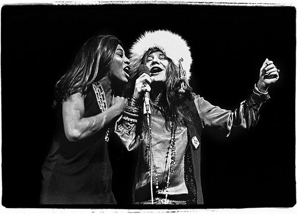 Firenze ricorda i cinquant'anni di Woodstock con le fotografie di Amalie Rothschild
