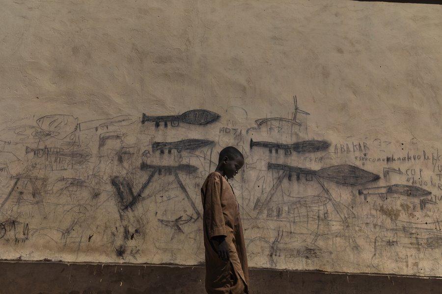 World Press Photo, tra i cinque finalisti l'italiano Marco Gualazzini, che racconta la crisi dei migranti in Africa