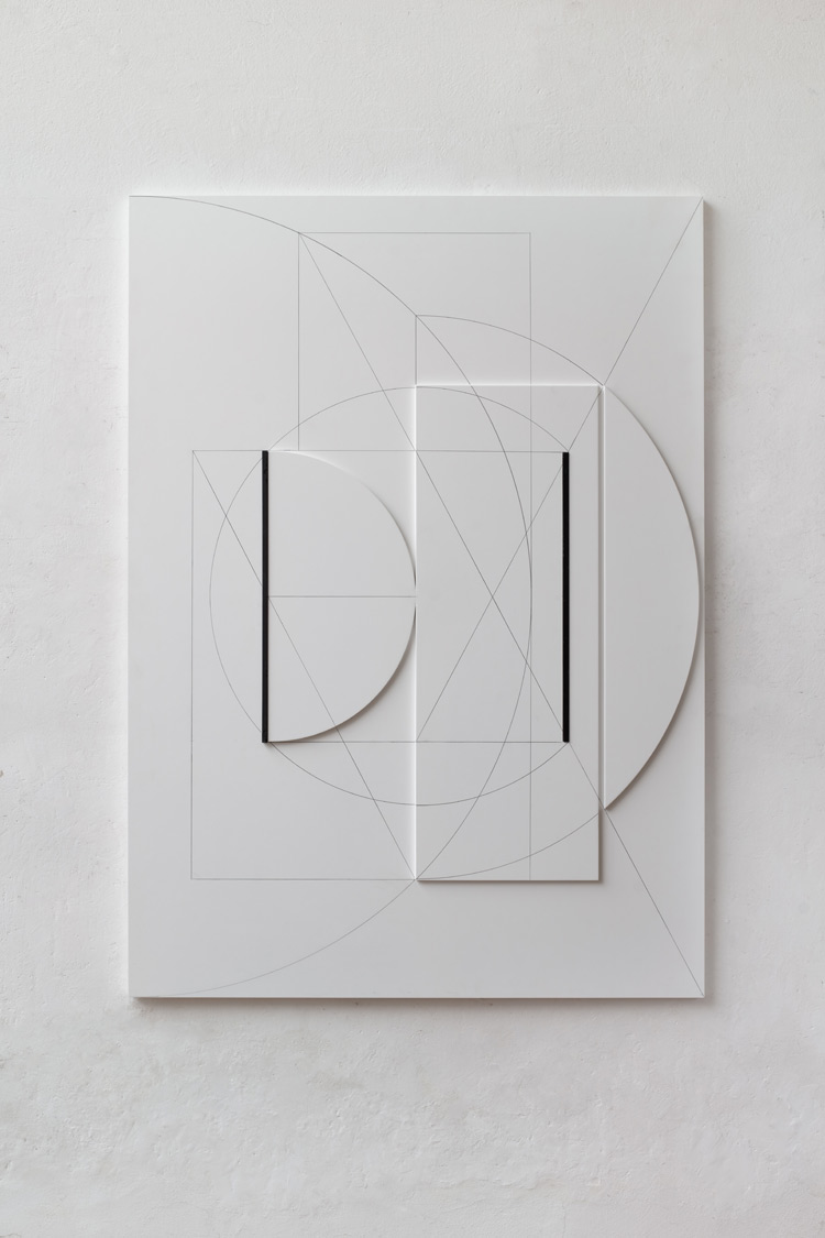 Stanislav Kolíbal, White relief (2016; legno, disegno, ferro, 150 x 108 x 5 cm). Ph. Credit Martin Polák. Courtesy the artist