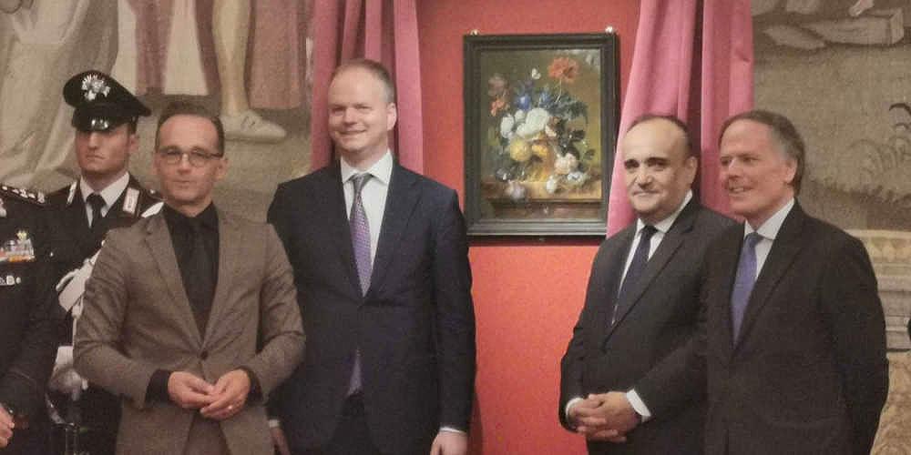 """Il Vaso di fiori di van Huysum restituito dopo 75 anni a Palazzo Pitti. Bonisoli: """"Una giornata storica"""""""