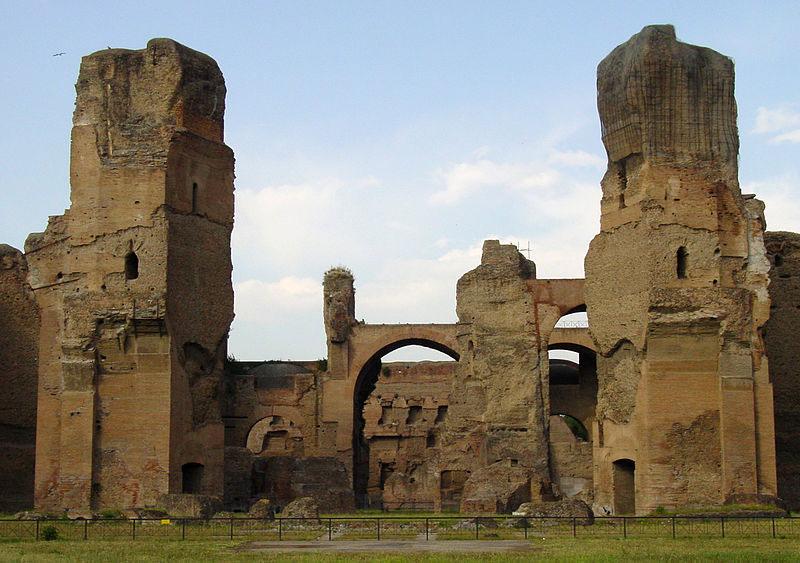Terme di Caracalla by night. Tornano le visite guidate serali.