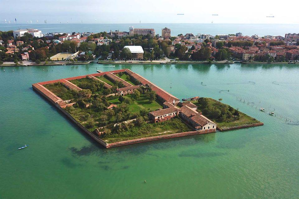 Venezia, l'isola del Lazzaretto Vecchio ospiterà il primo museo di Venezia e della Laguna: in arrivo 10 mln