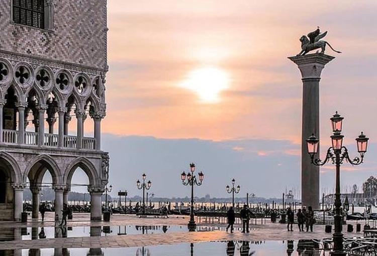 Venezia, per entrare si pagheranno 3 euro nel 2019, fino a 10 euro dal 2020. Ticket da pagare col mezzo di trasporto