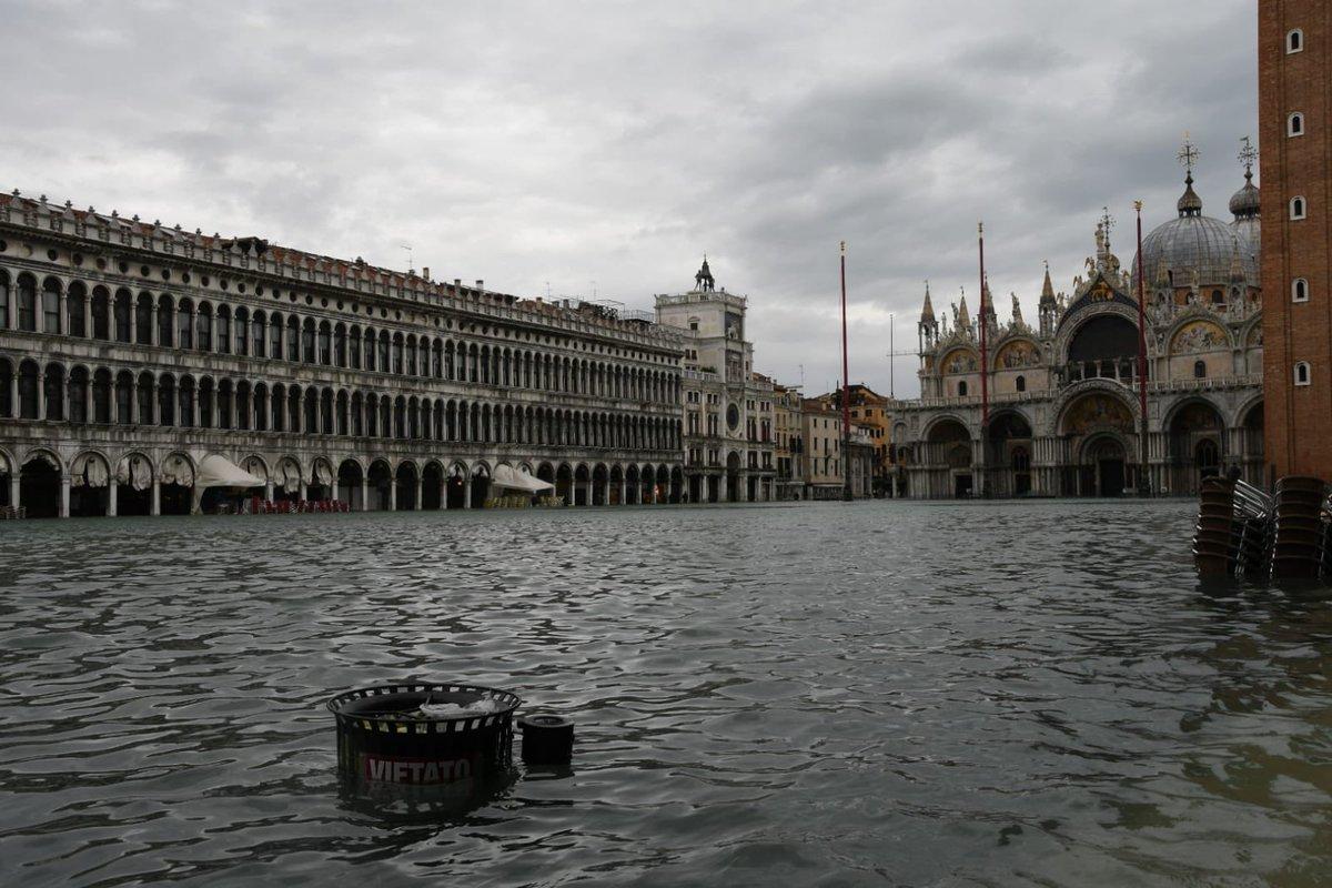 Piazza San Marco dopo l'acqua alta del 13 novembre. Foto: Comune di Venezia