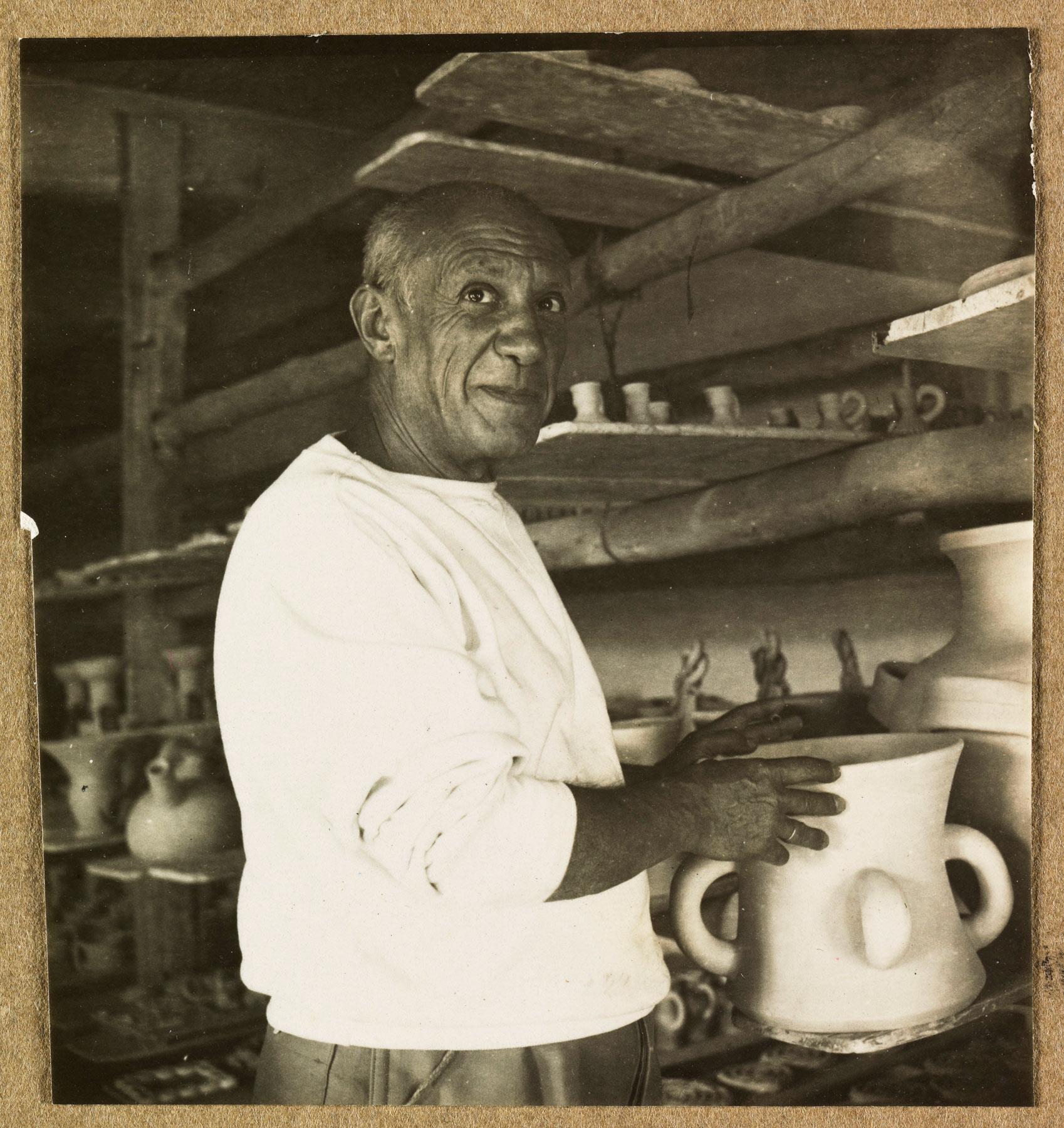 Picasso nell'atelier di Madoura a Vallauris