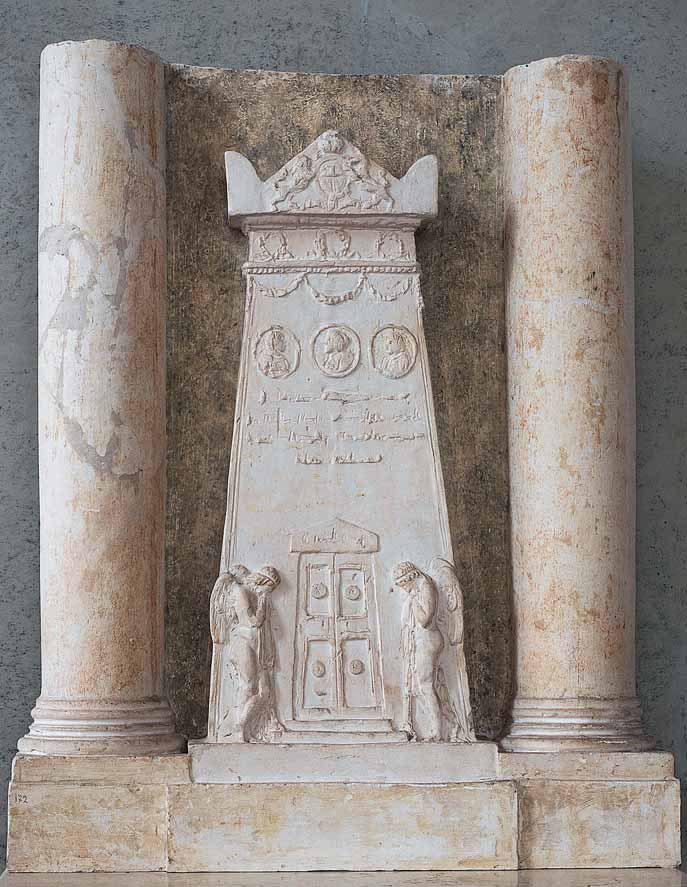 Antonio Canova, Monumento degli ultimi Stuart (1816-1817; gesso, 69 × 58 × 12 cm; Possagno, Gypsotheca e Museo Antonio Canova, inv. 255)