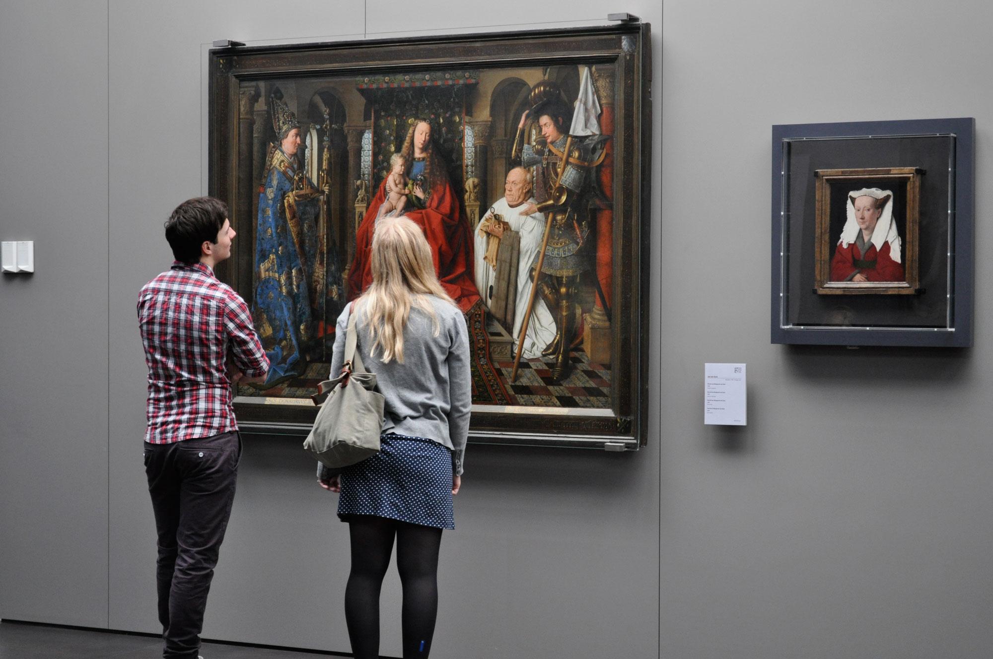 Le opere di Van Eyck al Groeninge Museum. Ph. Credit Sarah Bauwens
