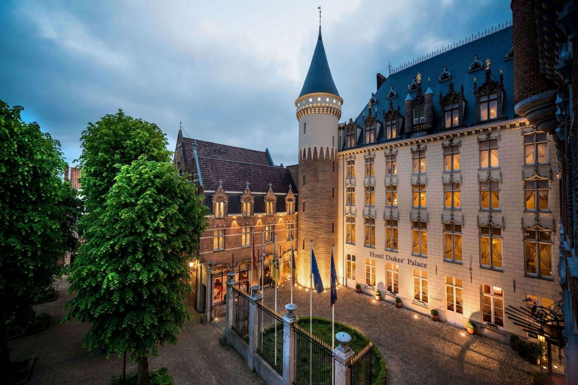 Il Prinsenhof, oggi hotel Dukes' Palace