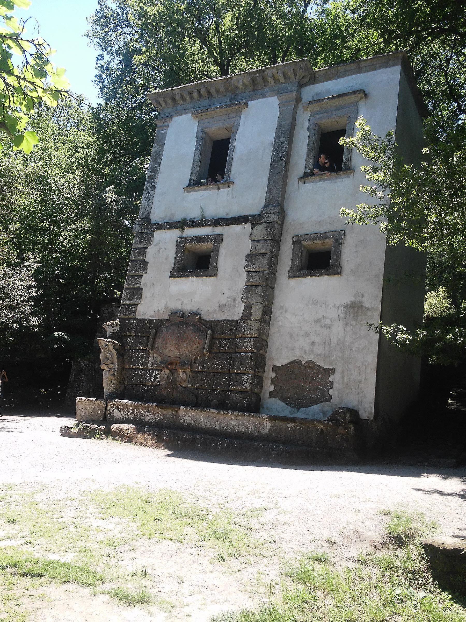 La casa pendente