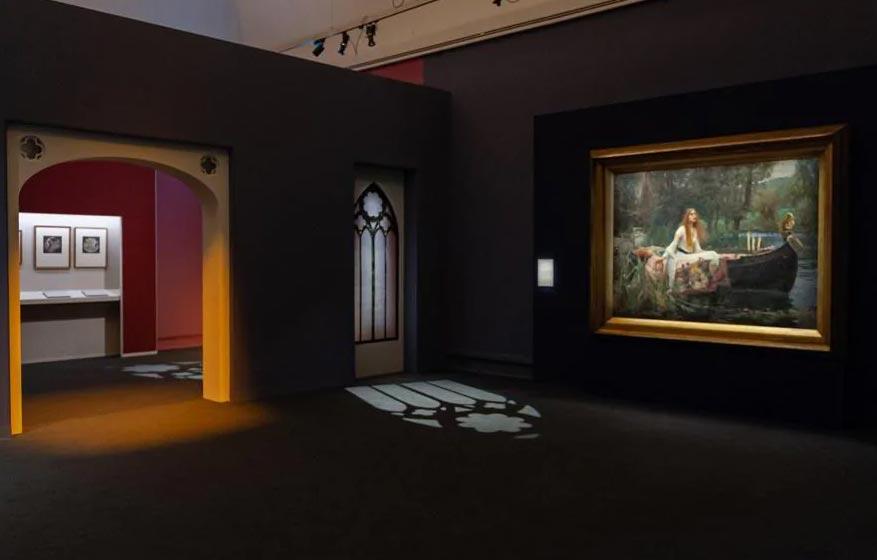 Visitatori alla mostra Preraffaelliti. Amore e desiderio a Milano, Palazzo Reale (19 giugno - 6 ottobre 2019). Ph. Carlotta Coppo per 24 Ore Cultura