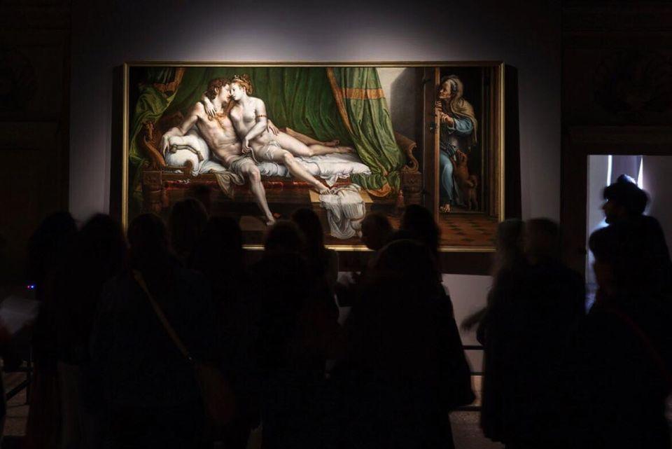 Visitatori alla mostra Giulio Romano. Arte e desiderio, a Mantova, Palazzo Te (6 ottobre 2019 - 6 gennaio 2020). Ph. Electa