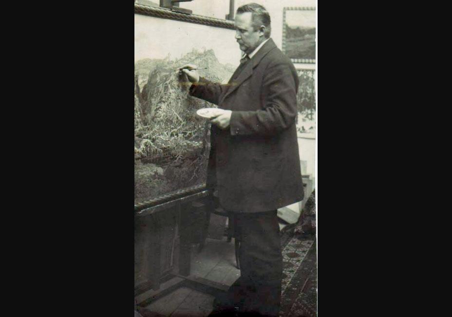 Jaroslav Panuška fotografato nel suo atelier nel 1928