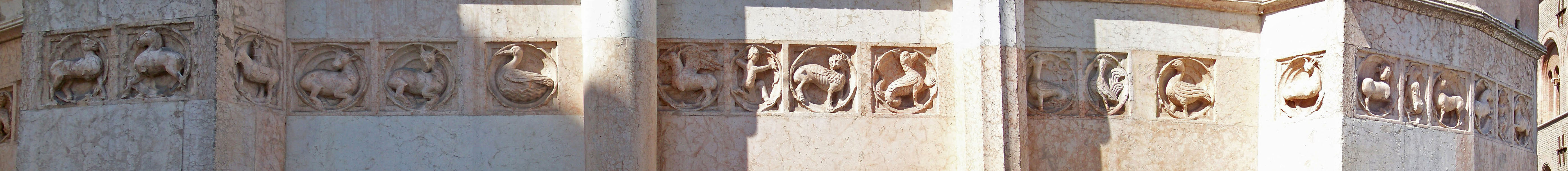 Le formelle del lato nord-ovest (dal dromedario all'unicorno)