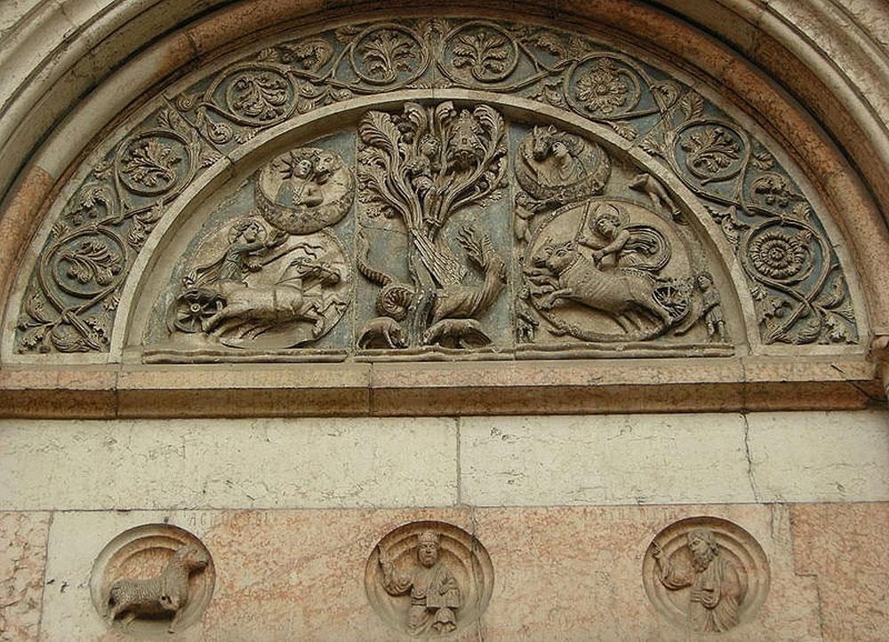 Il portale del Battista. Ph. Credit Francesco Bini