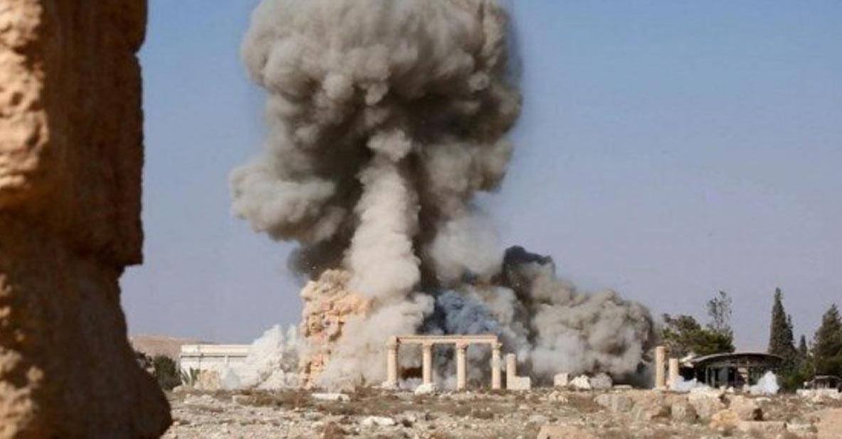 Le devastazioni dell'Isis a Palmira nel 2015