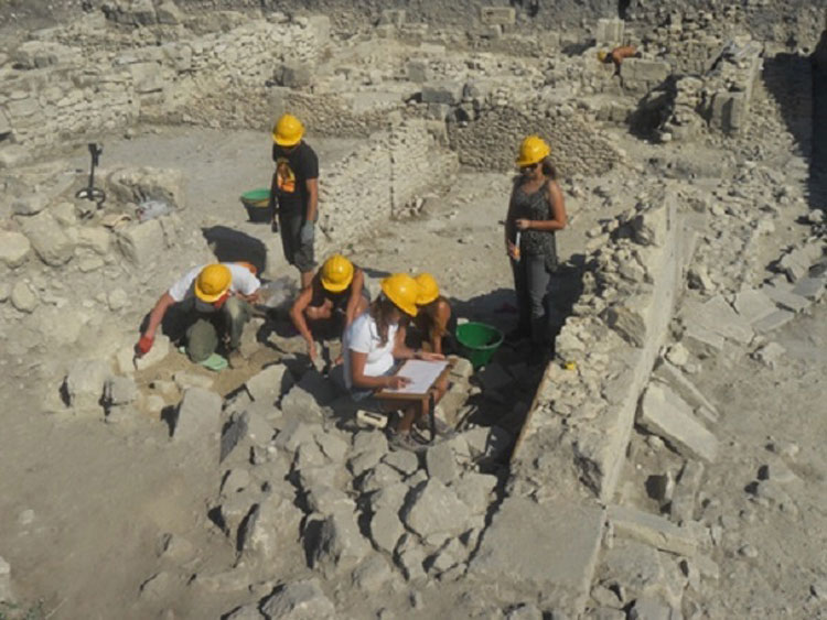 Sicilia, torna alla luce una Domus romana negli scavi di Akrai