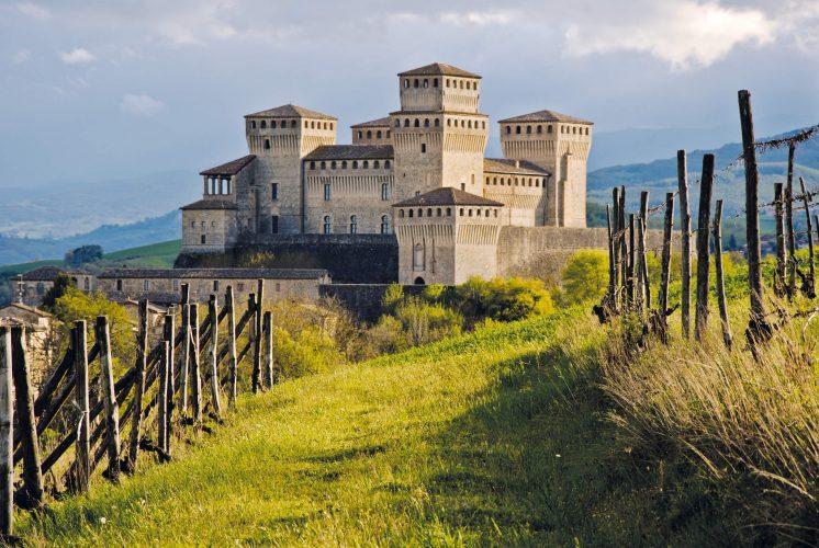 Il Castello di Torrechiara (Via di Linari)