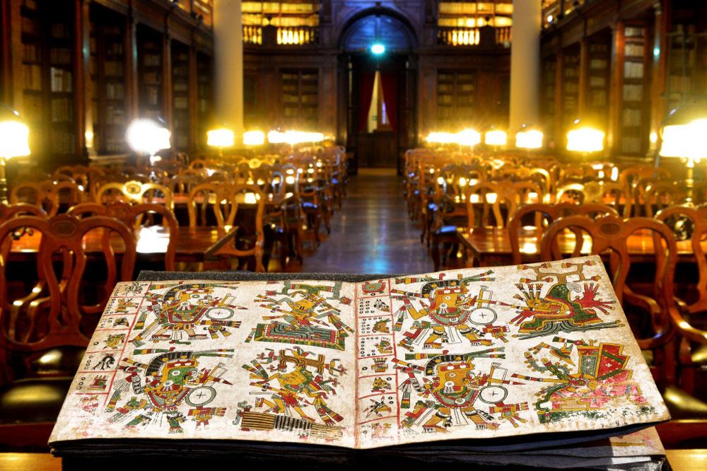 Bologna, avviata una campagna d'indagini su un raro manoscritto precolombiano