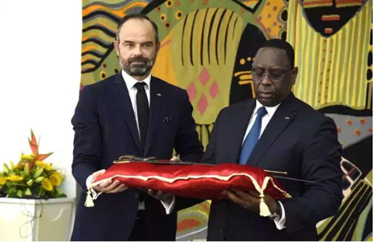 La Francia restituirà all'Africa oggetti d'arte saccheggiati durante la colonizzazione