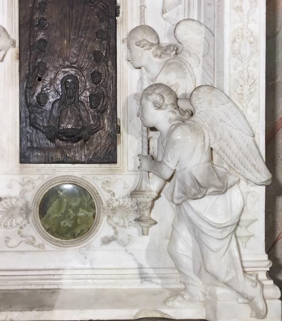 Firenze, restaurato il tabernacolo di Mino da Fiesole nella basilica di Santa Croce
