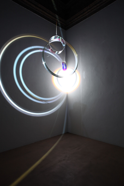 E luce fu. A Cuneo le opere di Balla, Fontana, Eliasson e Leotta