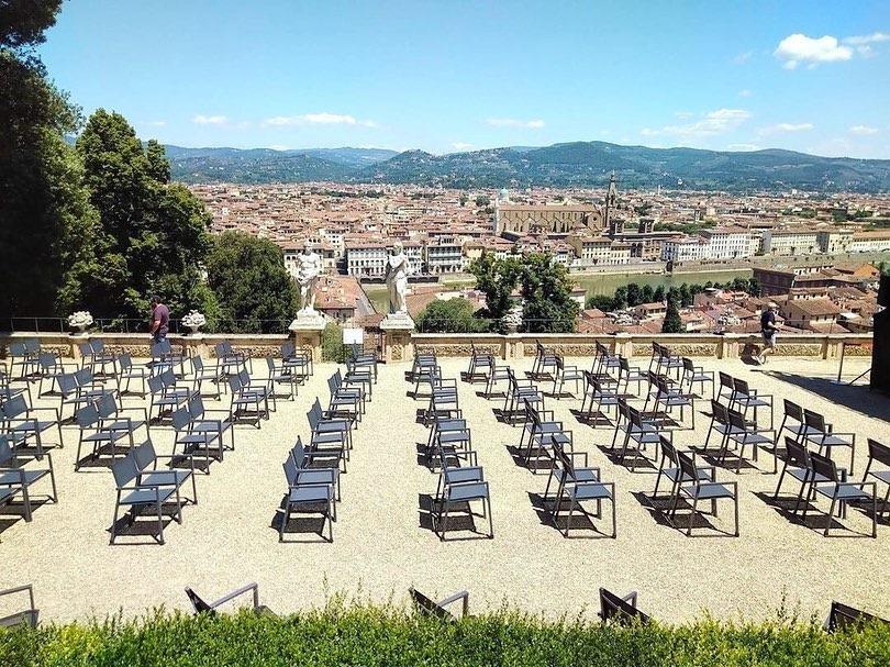 Uno dei giardini più belli di Firenze si trasforma in cinema all'aperto con vista
