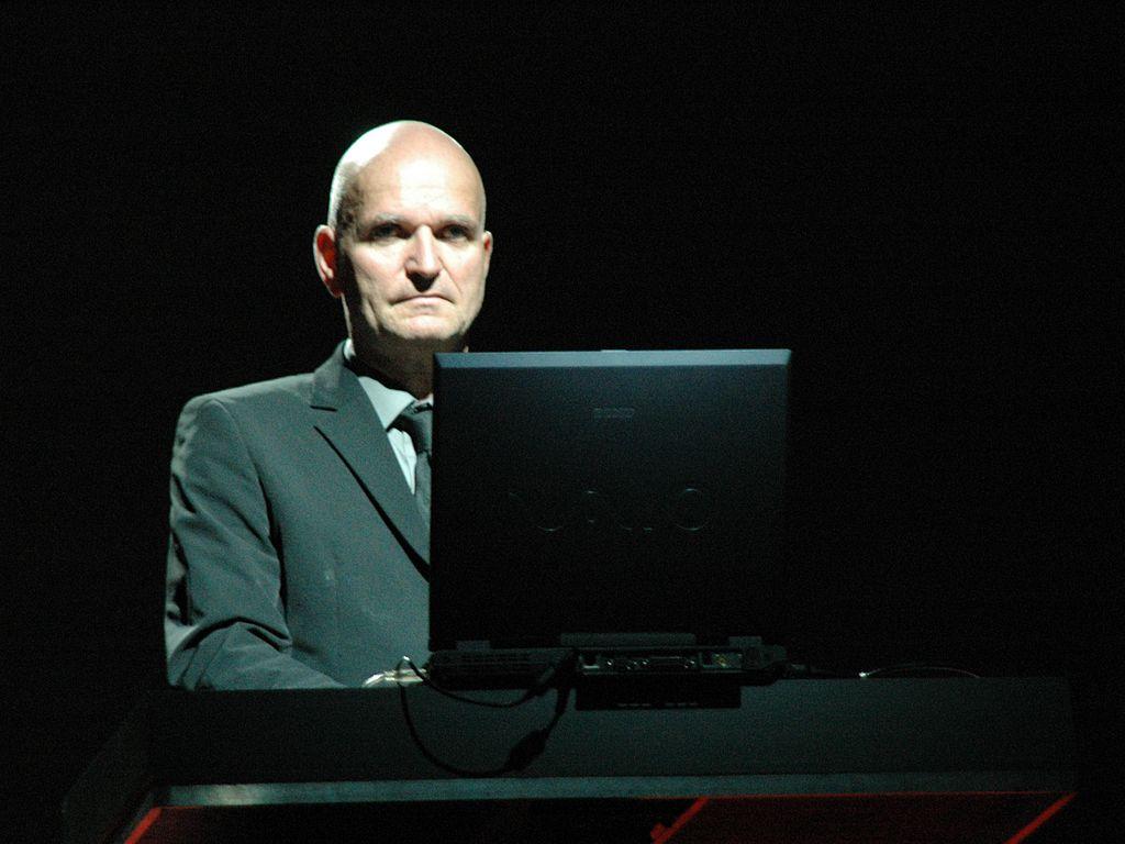 Addio a Florian Schneider, fondatore dei Kraftwerk