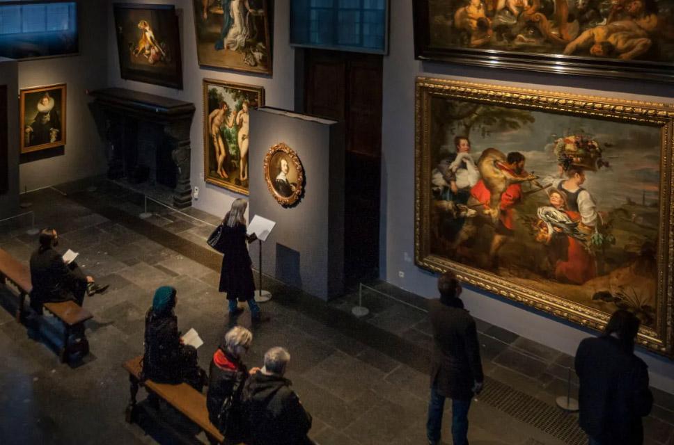 Anche in Belgio da domani riaprono i musei. Distanza 1,5 metri, percorsi a senso unico, no obbligo mascherina