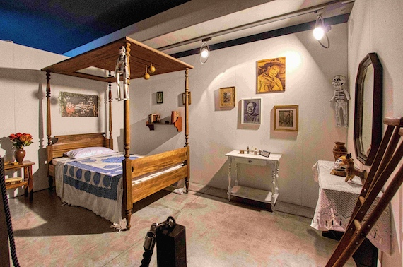 A Milano una grande mostra su Frida Kahlo ricostruisce gli ambienti dove ha vissuto