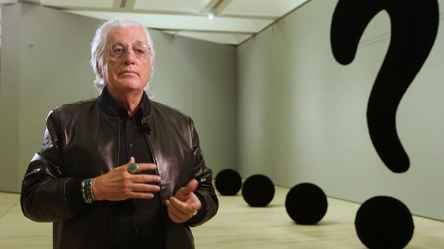 Addio a Germano Celant, scompare a 80 anni il padre dell'Arte Povera