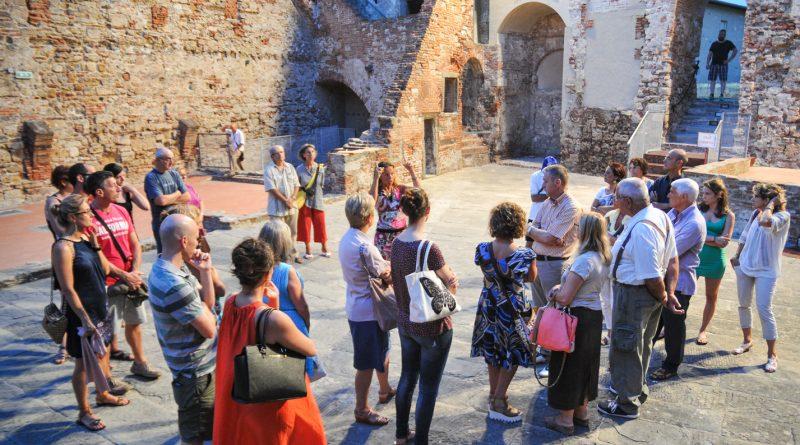 Con il Covid, guide turistiche spesso impossibilitate a lavorare. Il caso in Parlamento