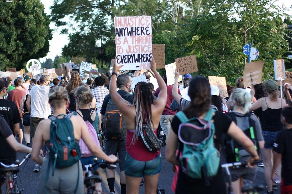 USA, 153 intellettuali firmano lettera contro moralismi e chiusure ideologiche