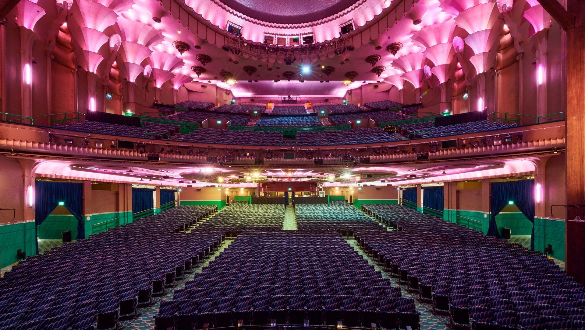 """""""Il Regno Unito diventerà un deserto culturale"""". Da Nick Cave ad Anish Kapoor, gli artisti chiedono supporti al settore"""