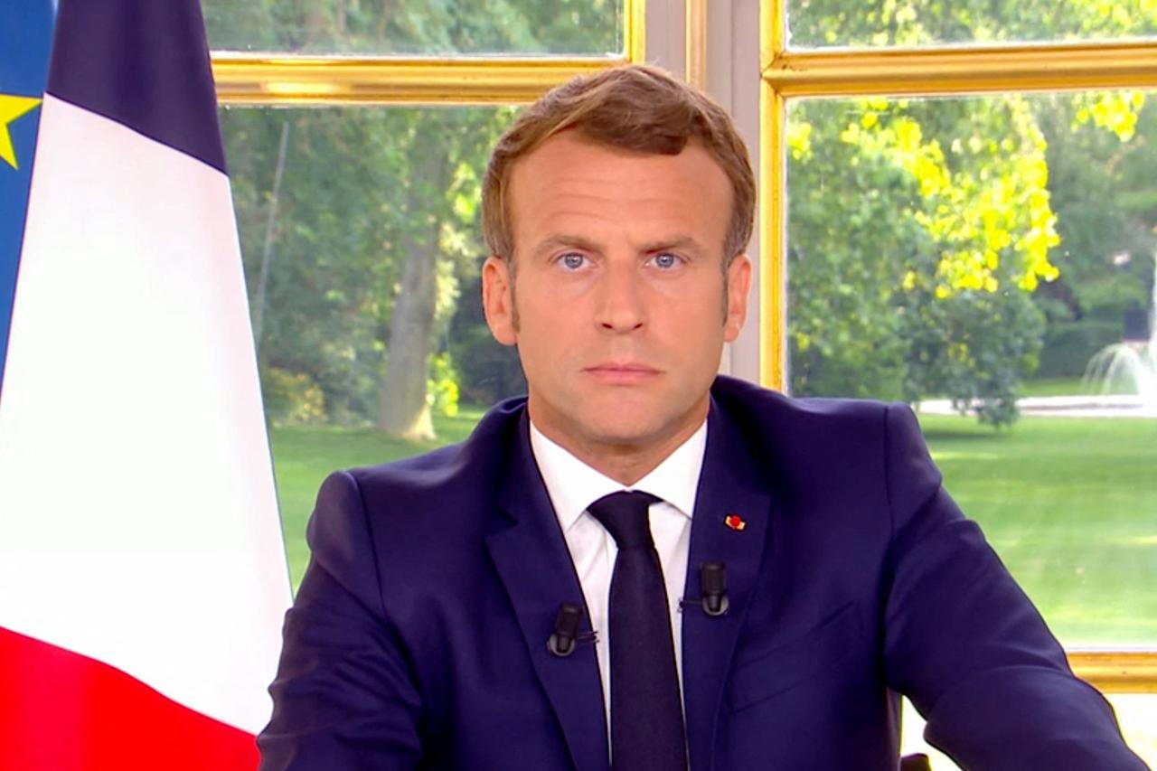 Fase 3 Francia, Macron annuncia il cambio di marcia: riapre tutto