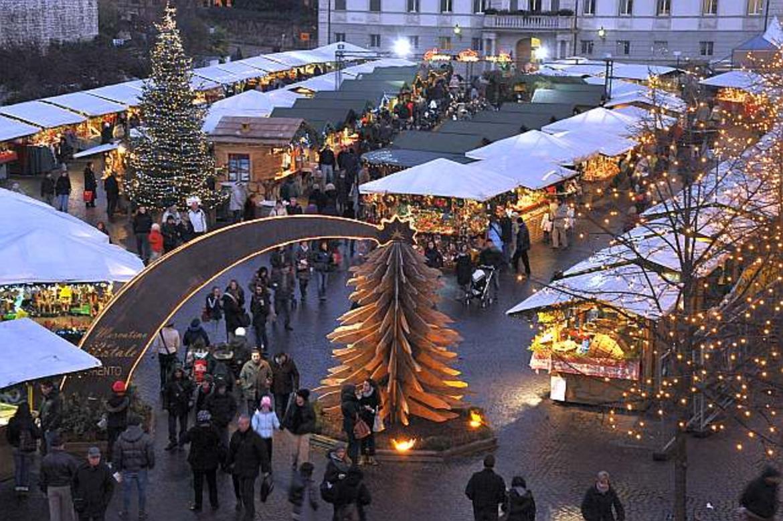 Verso un Natale senza mercatini. Trento rinuncia, Bolzano pensa di seguire