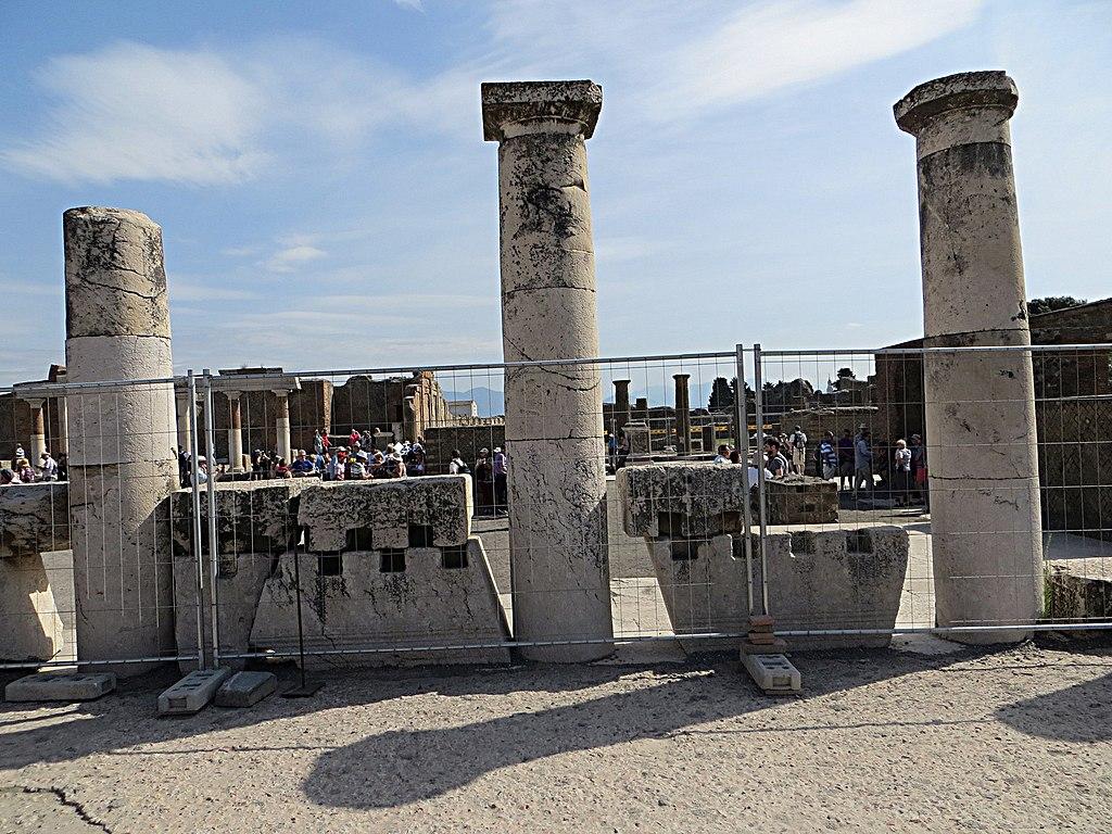 """""""Il lavoro in appalto è una verGogna"""": al Parco di Pompei, i Cobas organizzano un presidio dei lavoratori precari"""