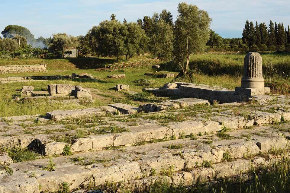 Calabria, assunzioni a tempo indeterminato per 24 addetti all'accoglienza