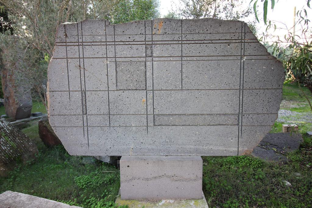 Pinuccio Sciola, Omaggio a Mondrian