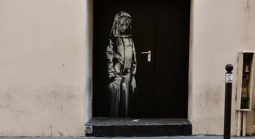 Banksy, ritrovata l'opera rubata al Bataclan nel 2019: era in un casale in Abruzzo