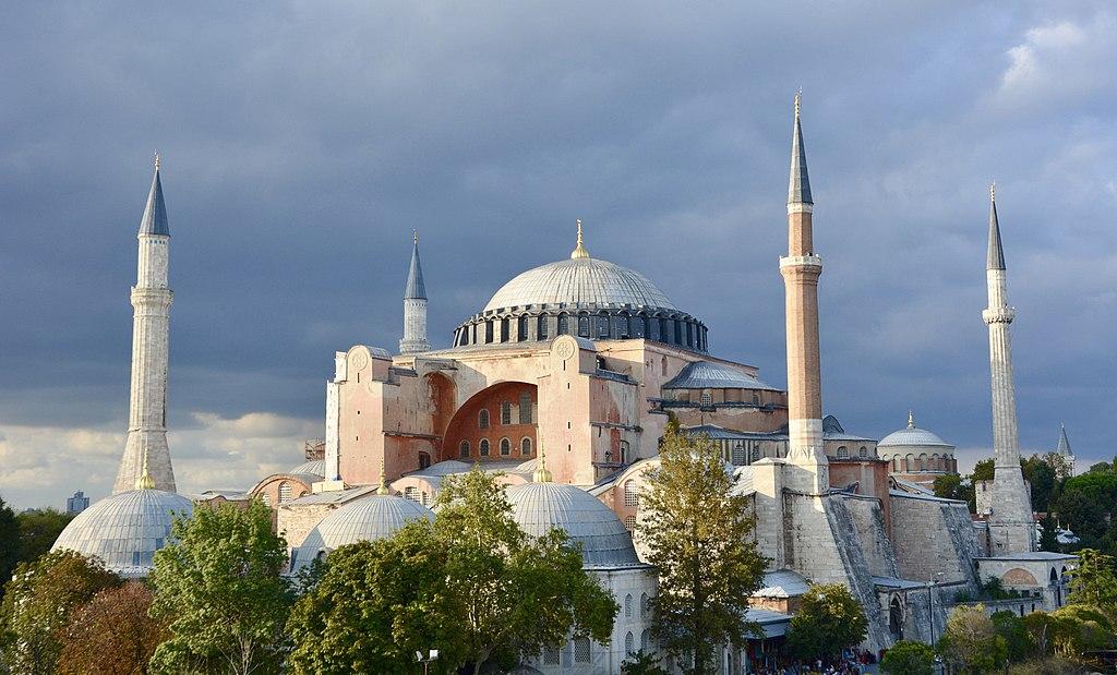 Perché la basilica di Santa Sofia tornerà a essere una moschea