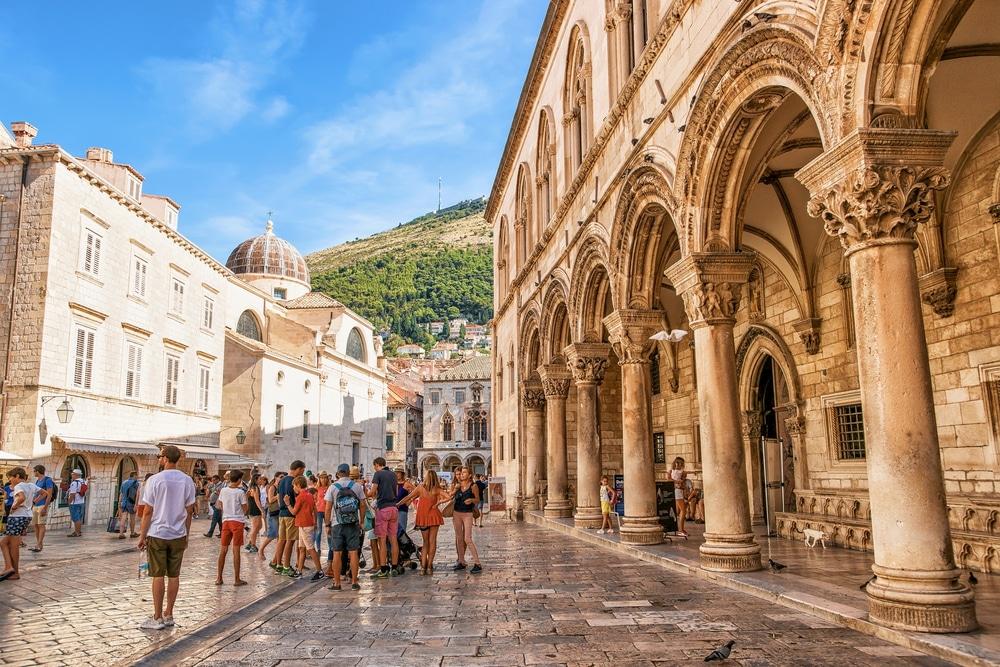 Turismo, la Croazia studia corridoi con alcuni paesi europei (Italia esclusa) per salvare la stagione
