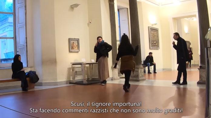 Un razzista ignorante e becero si aggira per il MANN di Napoli. Il video dell'esperimento sociale è da vedere