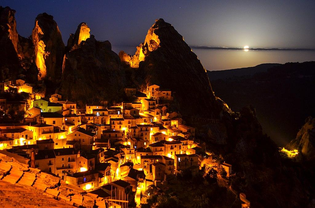 Veduta di Castelmezzano. Ph. Credit Lorenzo Palazzo