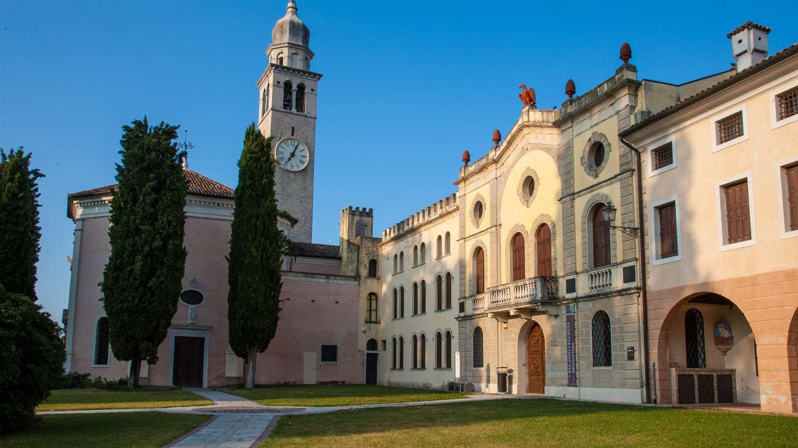 Il santuario delle Grazie e Palazzo Cecchini