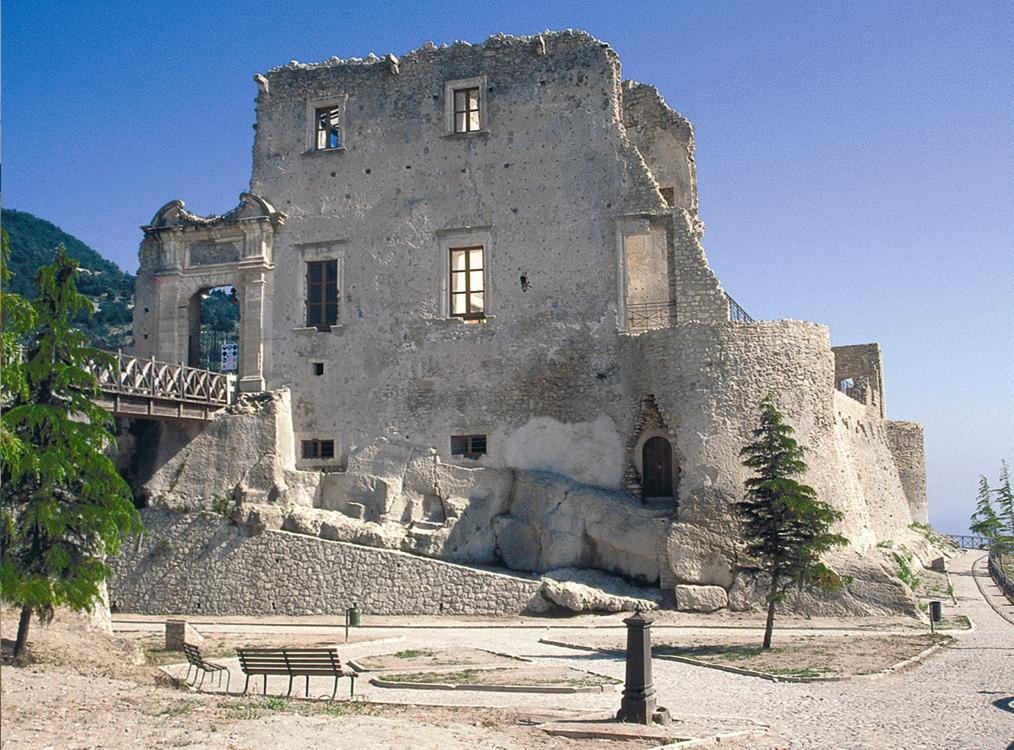 Il Castello di Fiumefreddo Bruzio