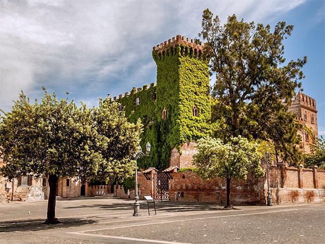 Montalto di Castro, il Castello Guglielmi
