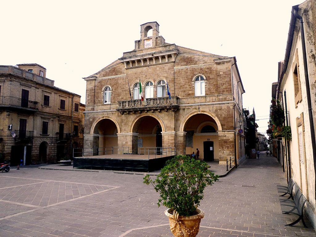 Rocca San Giovanni, il Palazzo Comunale