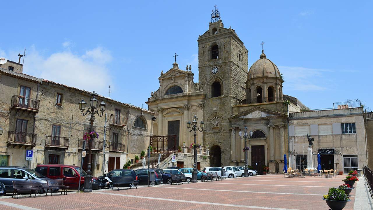 Troina, Piazza Conte Ruggero